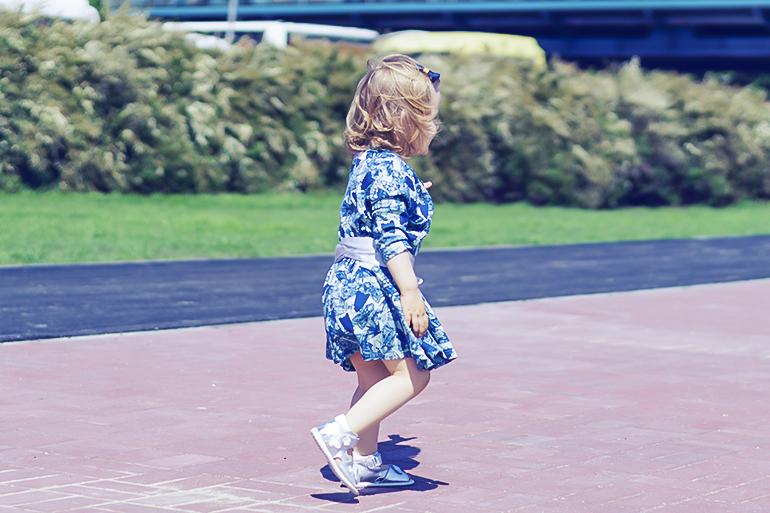 codzienność z dwulatką, nosweet, blog, sukienka dziecięca