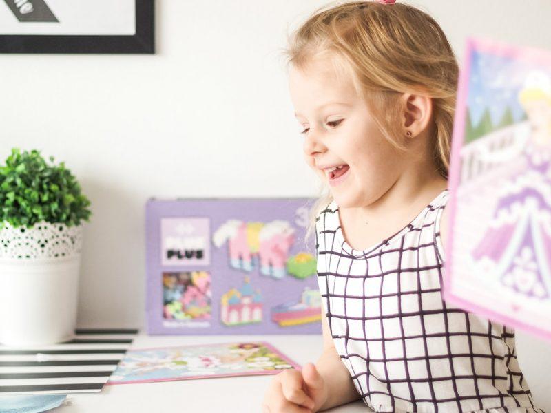 Zabawki dla dziewczynek, dziecko, szczęście, radość