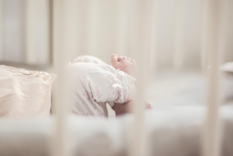 Dziecko, niemowlę, stópki