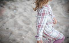 sukienka dla dziewczynki, moda dziecięca, sukienka w kratę, moda dla dzieci, blog parentingowy