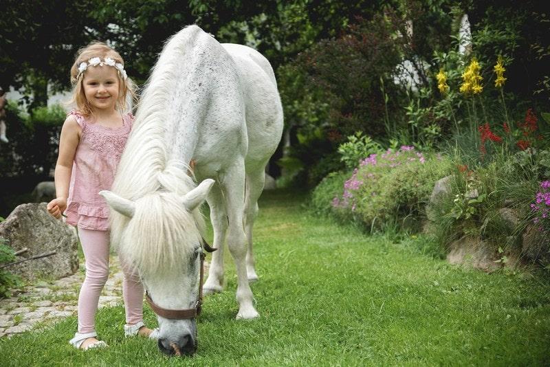 perfekcjonizm, moda dziecięca, blog parentingowy, fotografia dziecięca, kucyk