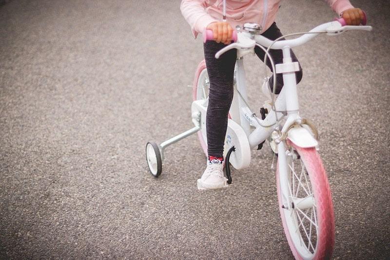 Projekt 365 dzieci rower na czterech kółkach