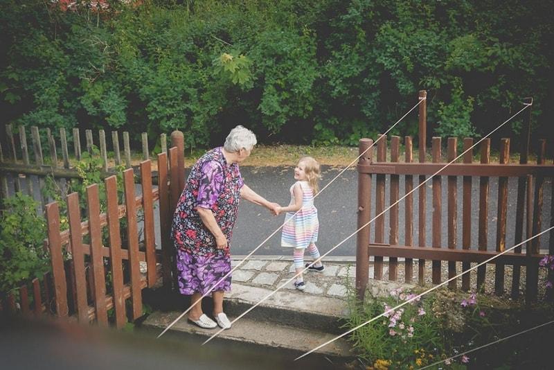 Projekt 365, babcia, dziecko, fotografia rodzinna