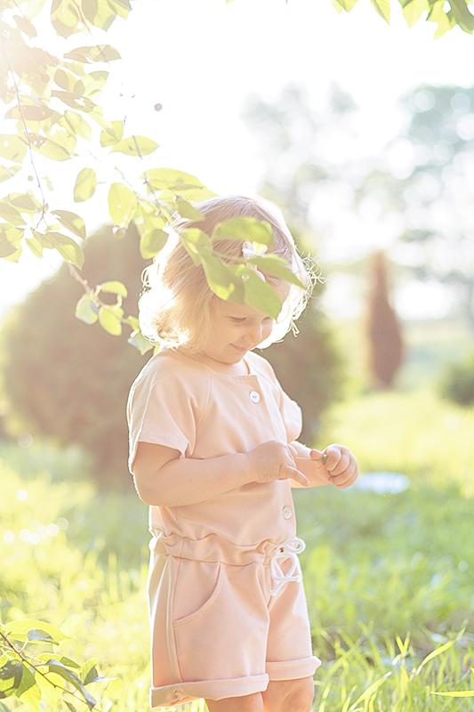 dwulatka w przedszkolu, wikilistka, blog, moda dziecięca, fotografia dziecięca, rodzic egoista
