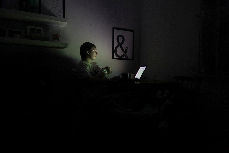 Tata, rodzic, dziecko, laptop