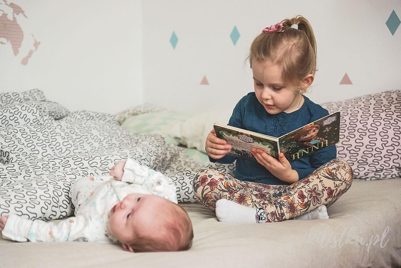 Projekt 365, książka Kraina Lodu, czytanie książki