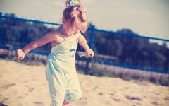 moda dziecięca, blog parentingowy, plaża, lato w mieście