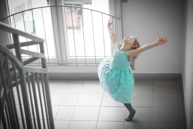 Projekt 365 dziecko miętowa sukienka