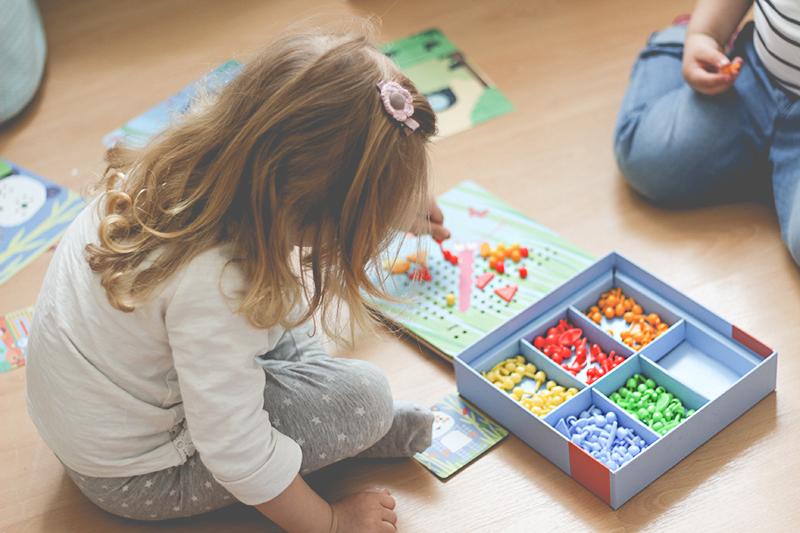 zabawki edukacyjne, zabawki mała motoryka