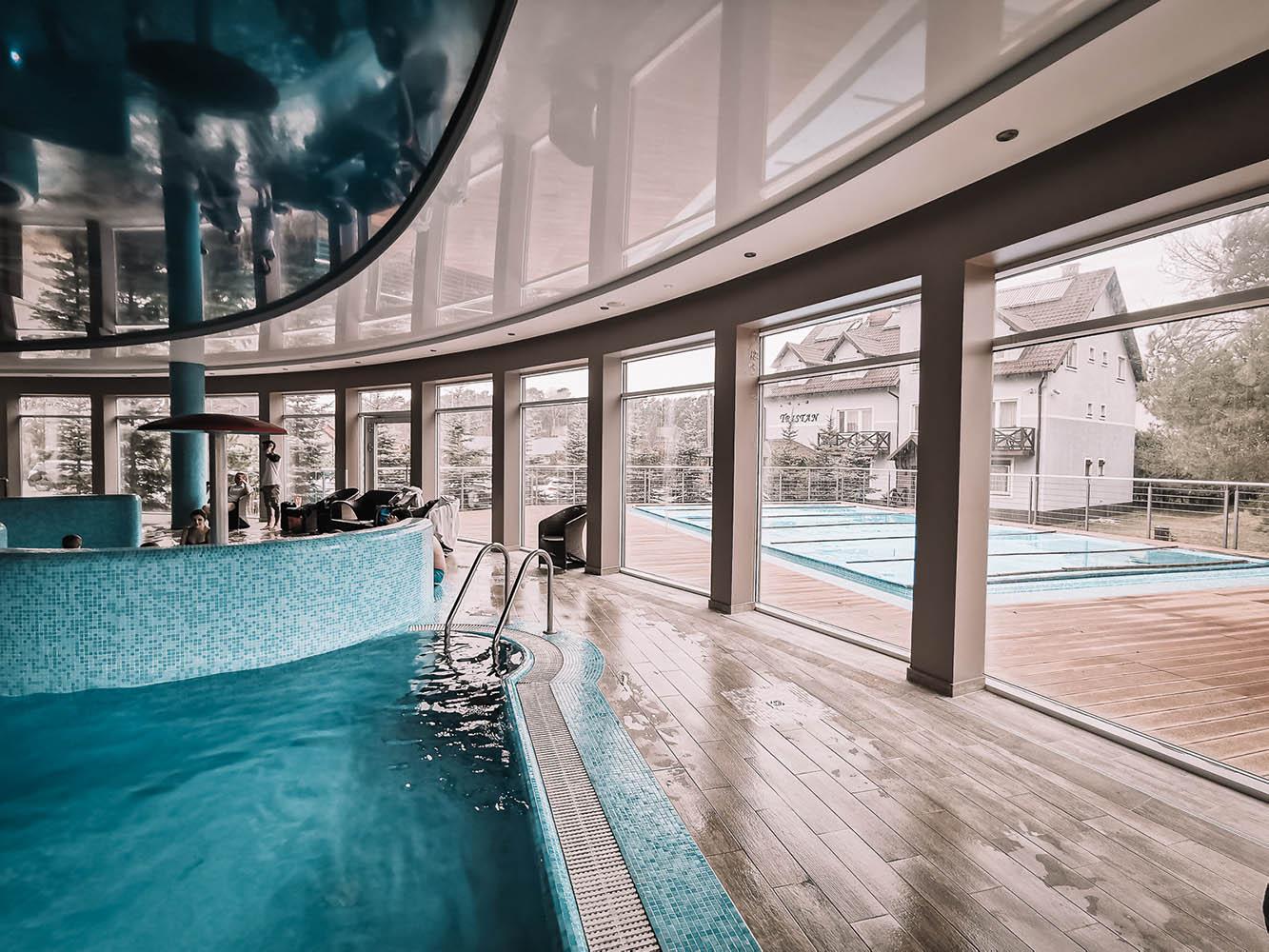 basen zewnętrzny welness hotel tristan spa kąty rybackie