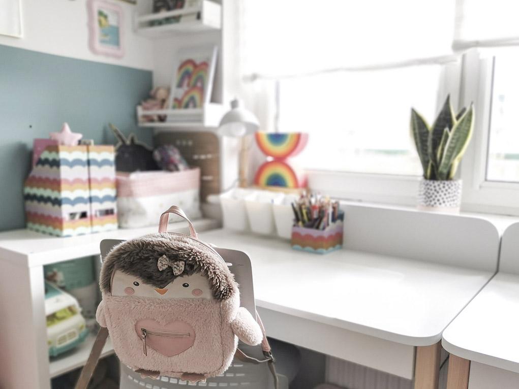 biurko dla dziecka, pokój dla dziecka, pokój dziecięcy